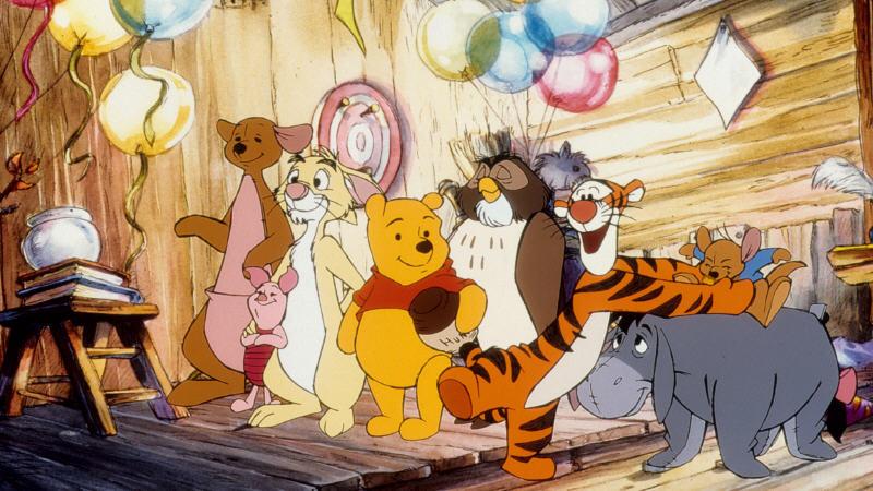 Winnie the pooh bedroom wallpaper